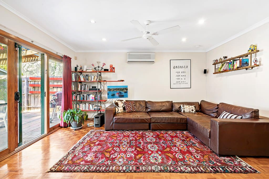 Wonderful 3 bedroom home great for families houses for rent in northcote victoria australia - Four bedroom houses great choice big families ...