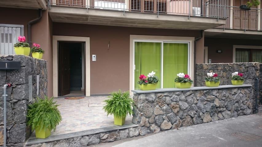Graziosa villetta 5 min dal centro - San Giovanni La Punta - อพาร์ทเมนท์