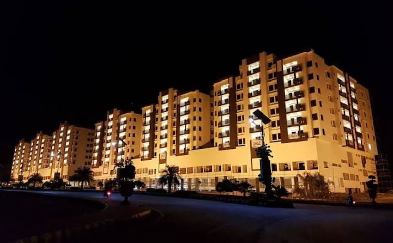 Cozy 1 bed Apartment in Gulberg Greens
