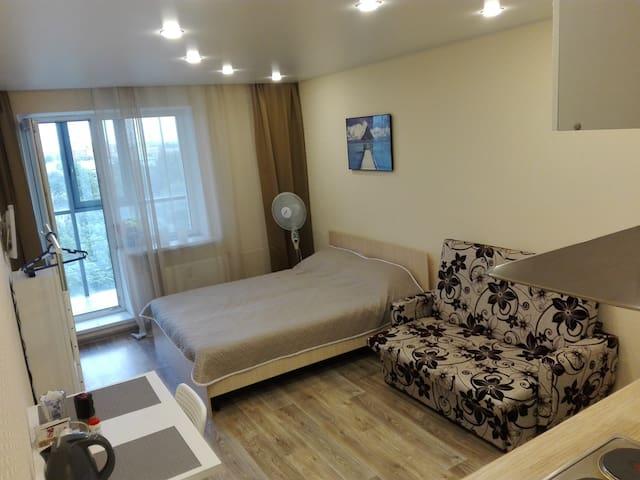 уютная студия рядом с метро в новом доме