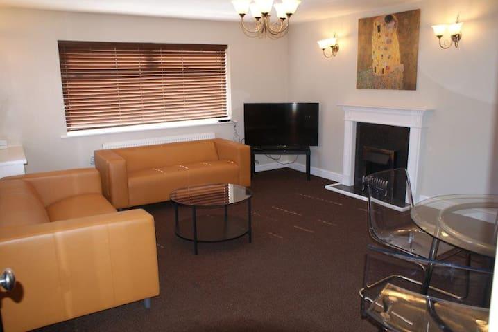 Bed 2 Bentley Apartment- 1st Flr 505 West St Crewe