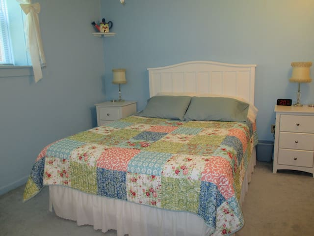 Home w/lots of amenities Rm B - Union Pier - Talo