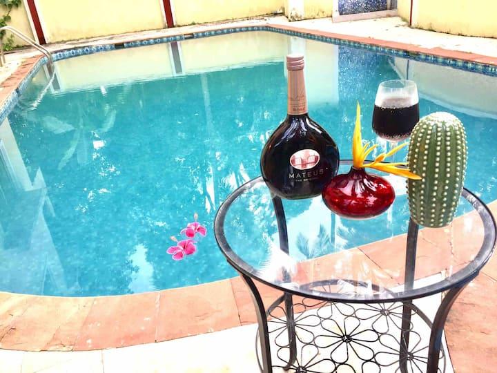 Sun-kissed Holidays, Dabolim, Goa- Emerald 🦚