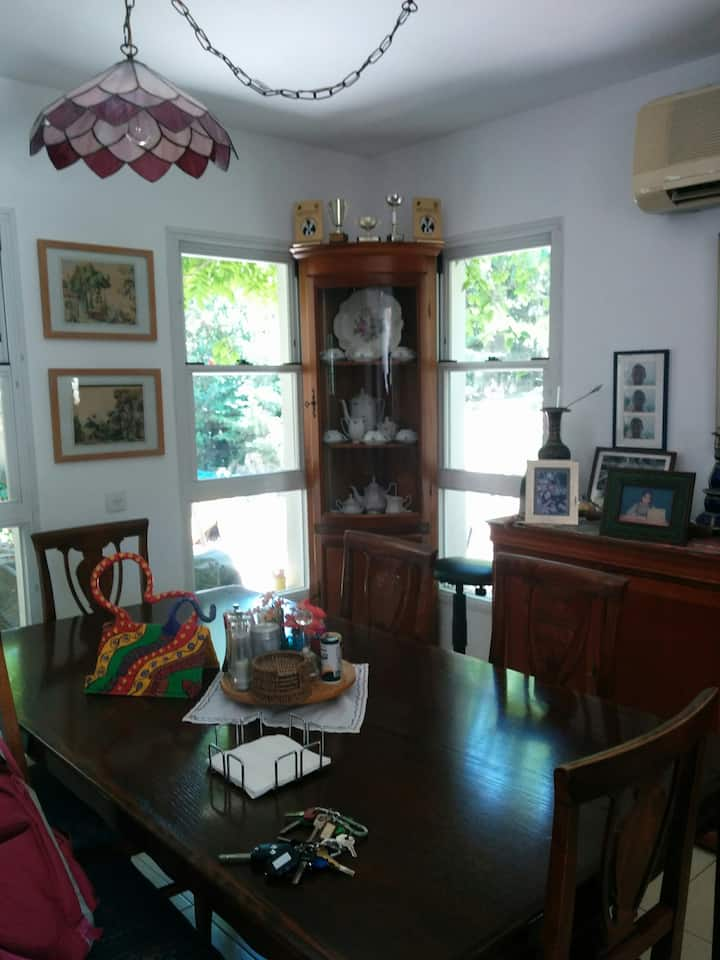 Beautiful and spacious house  40 minutes from TLV!