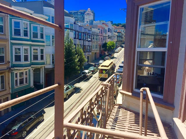 Charming Room with Cable Car Views in Chinatown - San Francisco - Appartamento