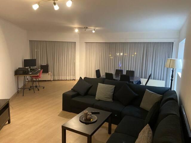 Grande chambre 2 personnes dans un bel appartement