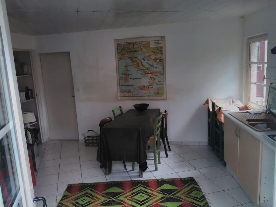 studio avec cuisine