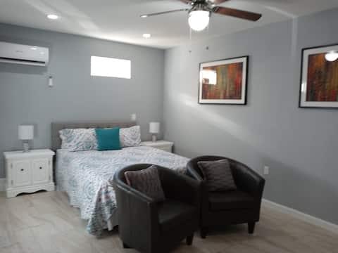 迷人的私人单间公寓,靠近Summerlin。