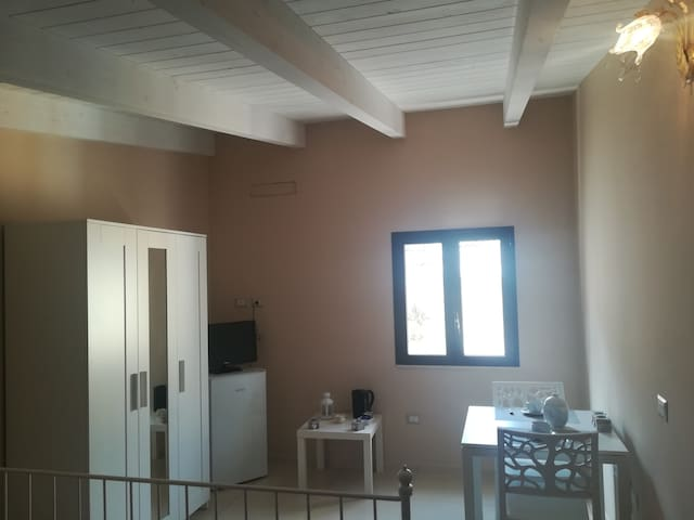 Petite Maison Gravina Mansarda e terrazzo privato!