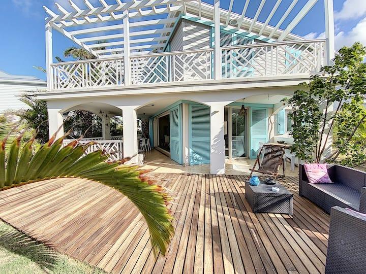 Princess Annaelle · Beachfront, Orient Bay, Deluxe