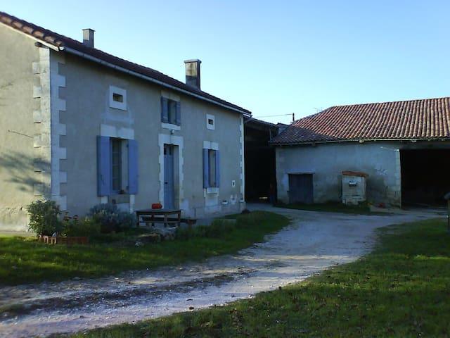 La Forêt - Ribérac - House