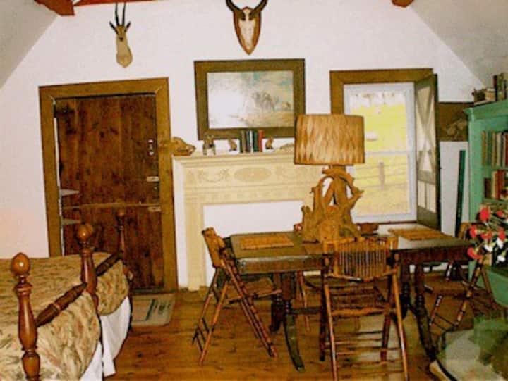 Whistler's Inn/African Room (#14)