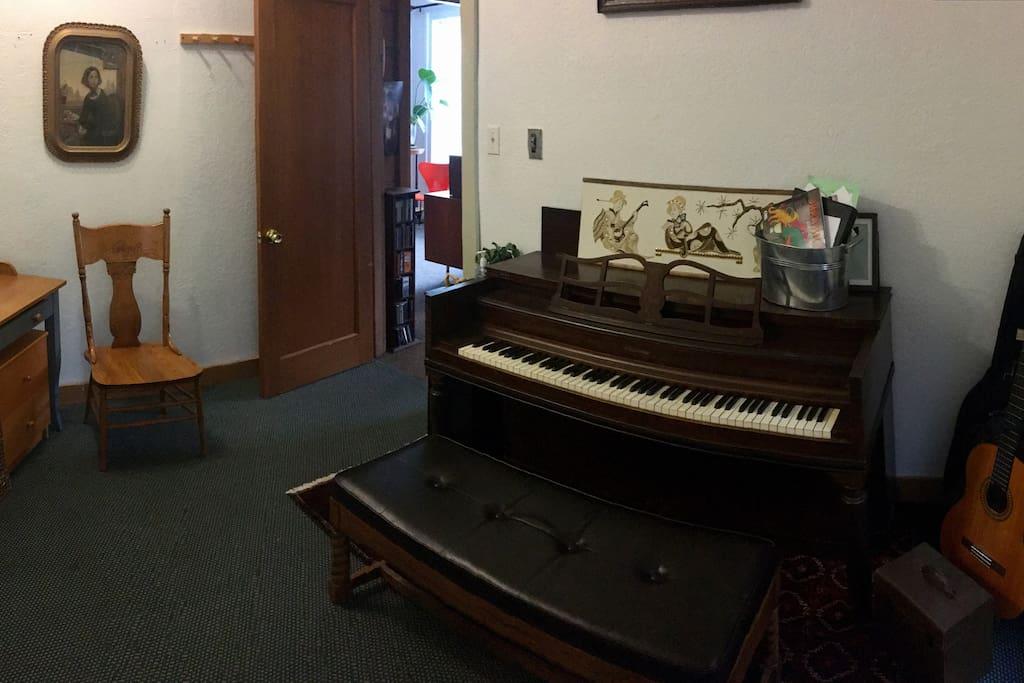 Piano Lesson Room