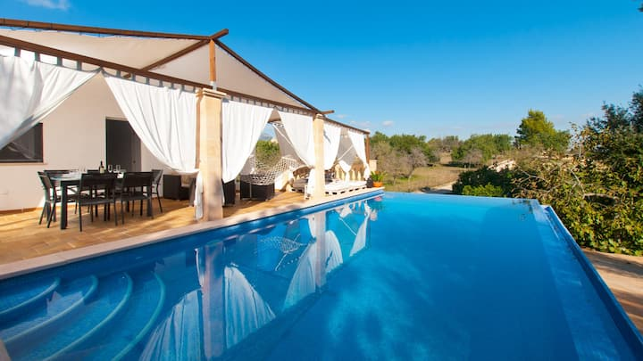 Son Batle Finca for 4 people with Pool in Selva