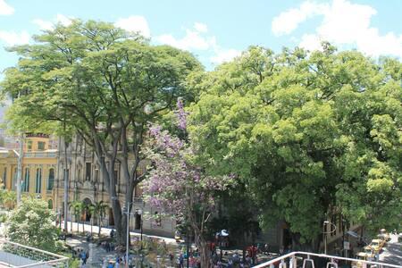 Lugar cómodo en el Centro - Medellín