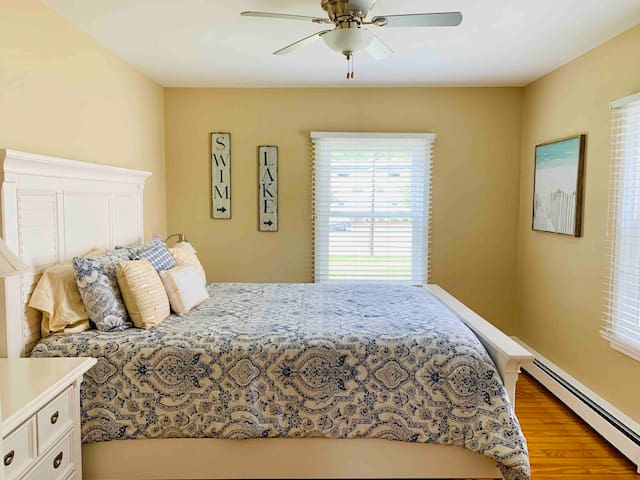 This nest is heated with radiant boiler heaters, not forced or shared air, and has window fitted air conditioners in the summer.  It features a comfortable queen nest, with foam topper and ceiling fan, with a solid door to the living space.