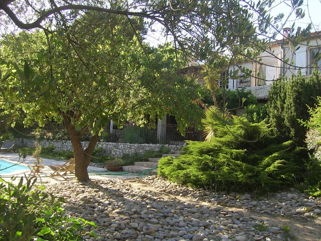 Soleil et détente en Provence, Var