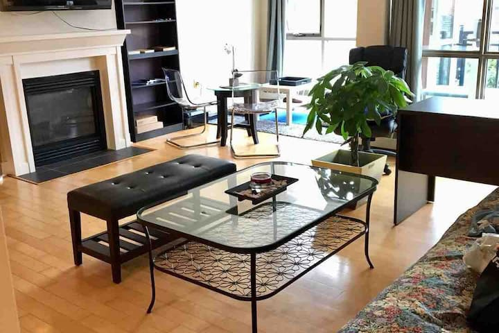 Waterfront 1BD whole unit monthly+parking