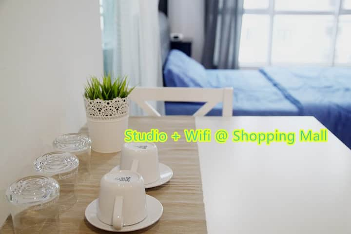 Zetapark Studio + Wifi @ Shopping Mall