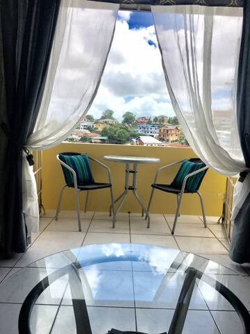 The Overlook - San Fernando - Apartment-Hotel