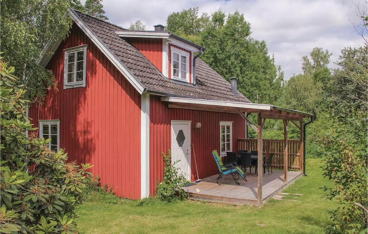 Nice home in Holmsjö with 2 Bedrooms