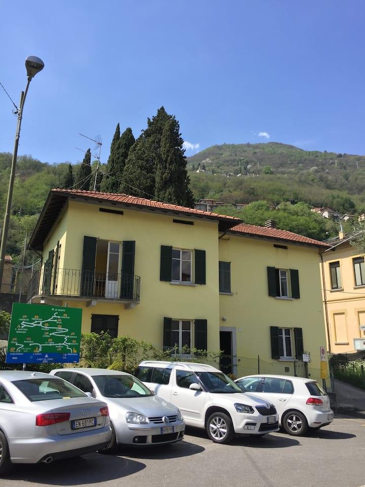 House in San Siro, Lake of Como.5 Km from Menaggio