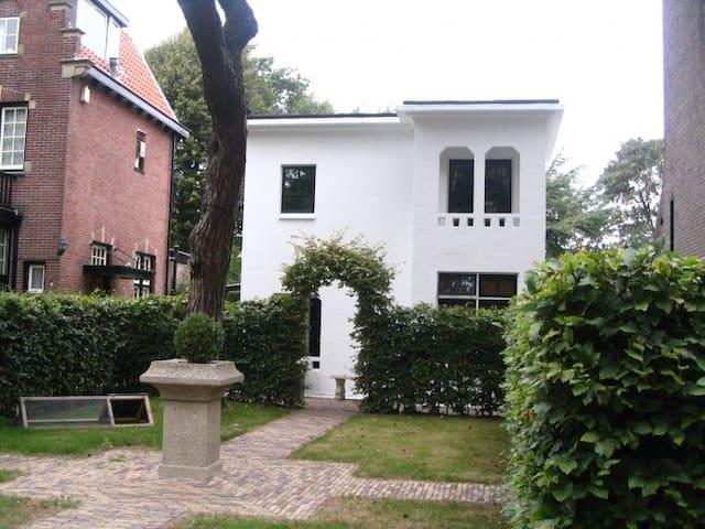 The Concrete House - Santpoort-Zuid - Dom