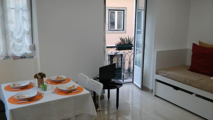 Zen Mouraria, your cosy apartment in Lisbon center