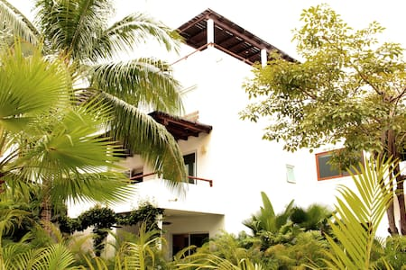 Vallarta Gardens Beach Club & Spa - La Cruz de Huanacaxtle - House