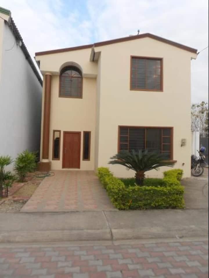 Casa Estrella Santa Rosa