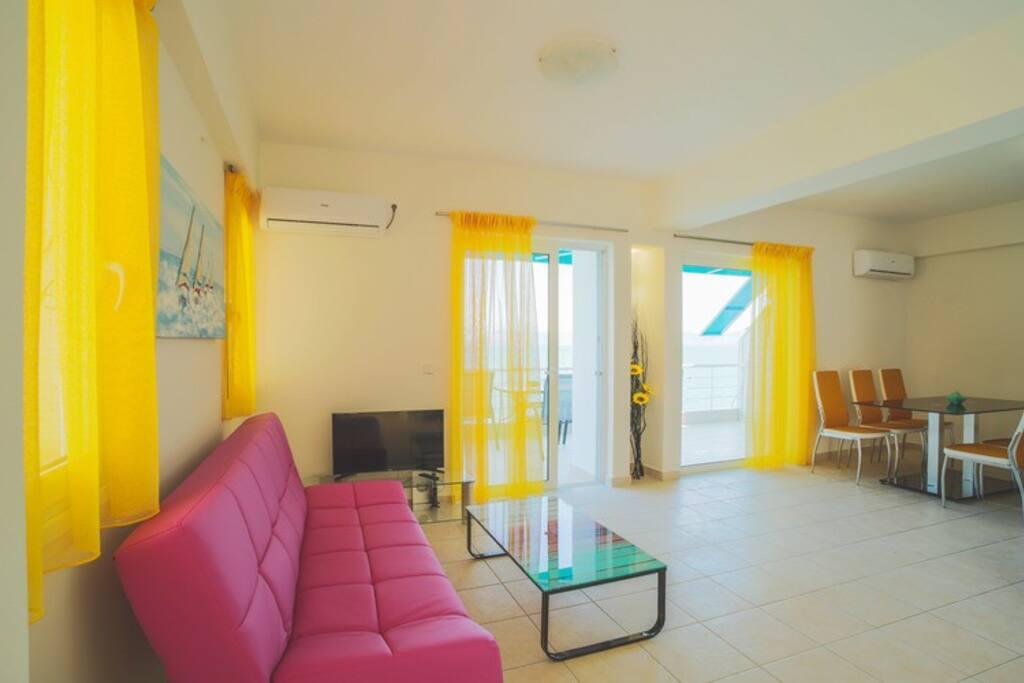 Διαμέρισμα 2 υπνοδωματίων με θέα τη θάλασσα