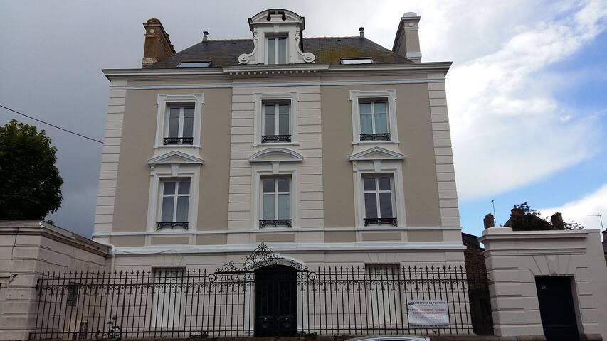 St-Malo, logement 2 pièces de 37 m² août 2018