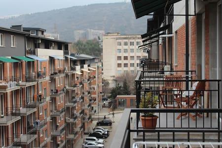 ORA - SI - Tbilisi - Apartemen