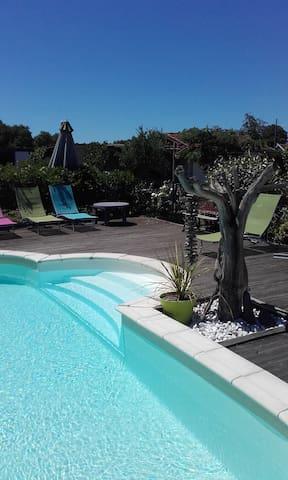 maison rénovée avec piscine - Bénesse-Maremne - Casa
