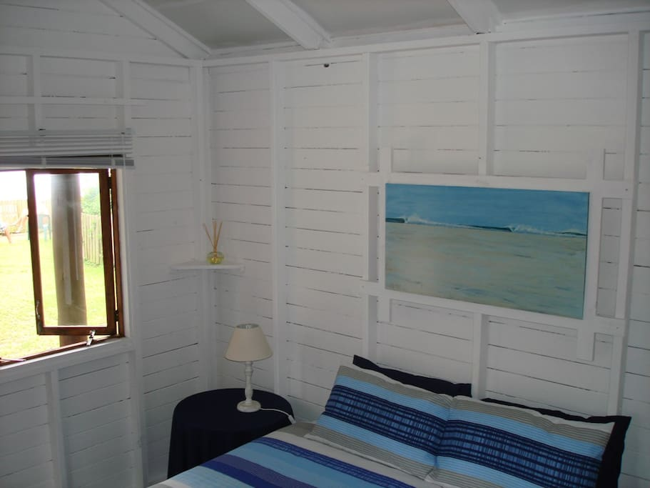Log cabin with sea view the spot backpackers ostelli for Persiane delle finestre di log cabin