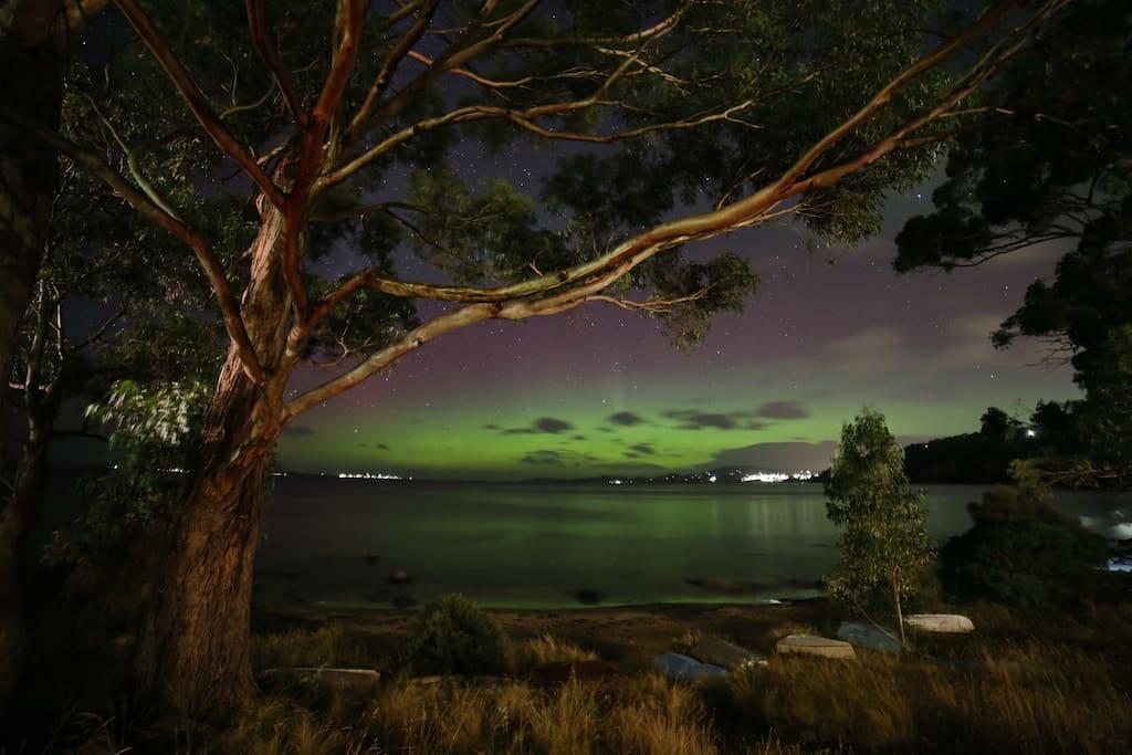 Aurora Australis at Taroona Beach