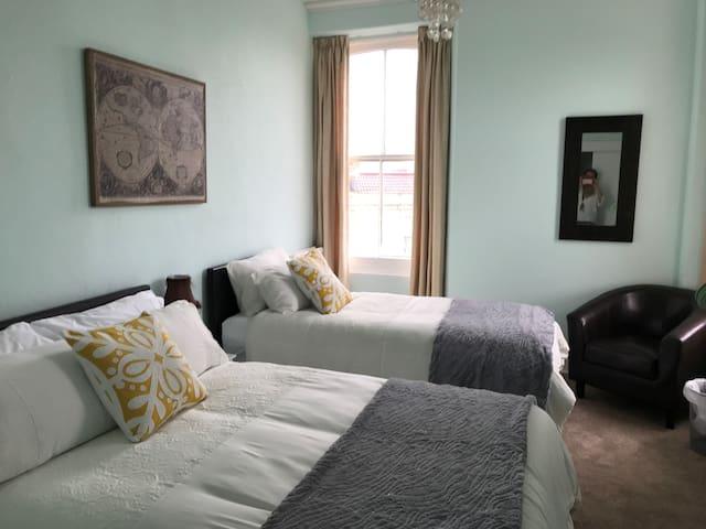 Family room - Highlea House