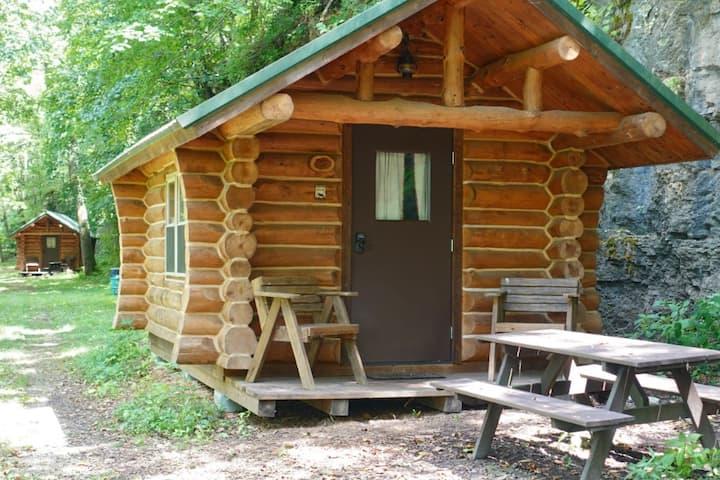 """Eagles Bluff"" Beaver Creek Rustic Sleeping Cabin"