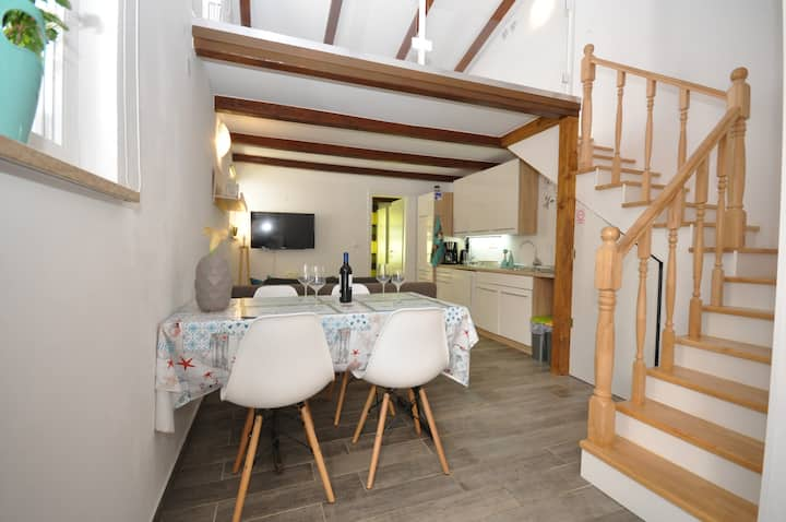 Luxury apartment Kala for 4 person