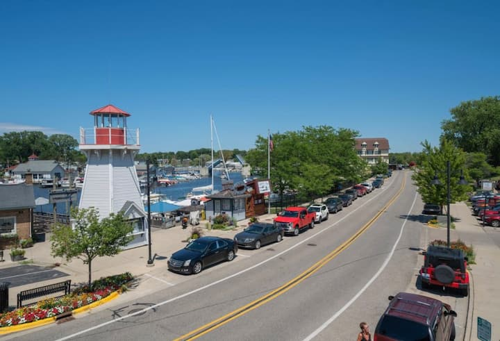 Amazing Water View Condo in Downtown South Haven!