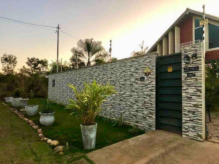 Casa Vermelha - Casa no Cerrado