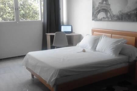 Chambre dans un magnifique appartement