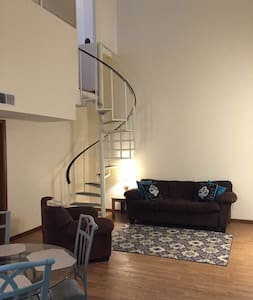 4 bedroom @ the heart of Campustown