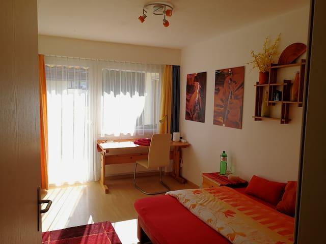 Zimmer für 1-2 Personen in Haus mit Garten