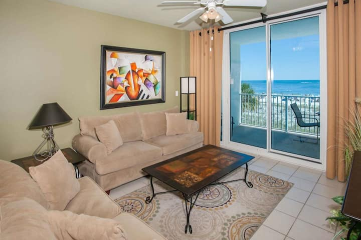 2nd Floor Gulf-Front Unit | In/Outdoor pools, Hot tub, Sauna, BBQ, Wifi, Fitness | Free Activities
