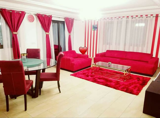Appartement Royal Red/White