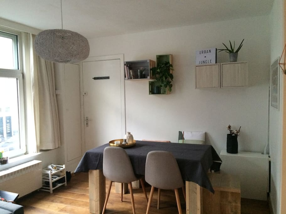 Cozy apartment next to the jordaan amsterdam for Affitto bici amsterdam