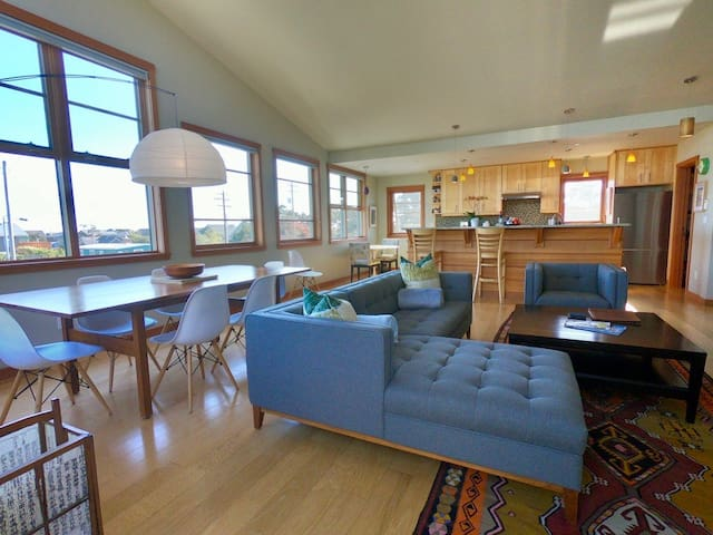"Loft 9 ""the Nehalem"" by Coast Cabins, MCA 3079"