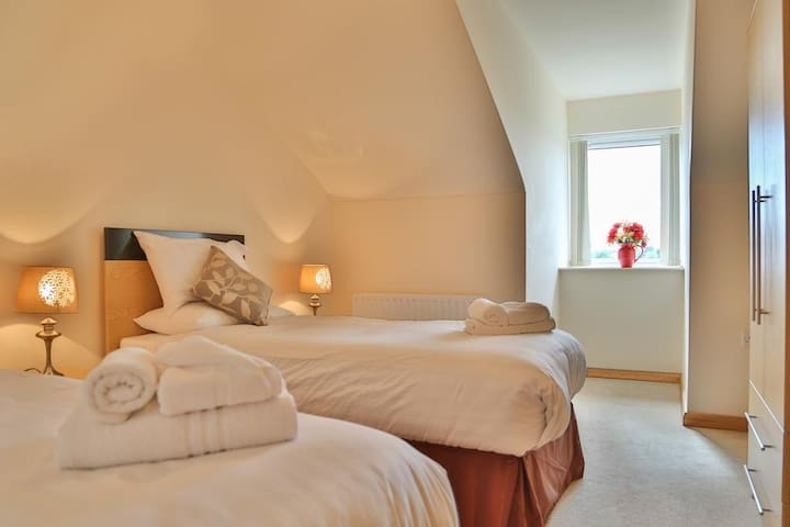 Modern Apartment, Self Catering