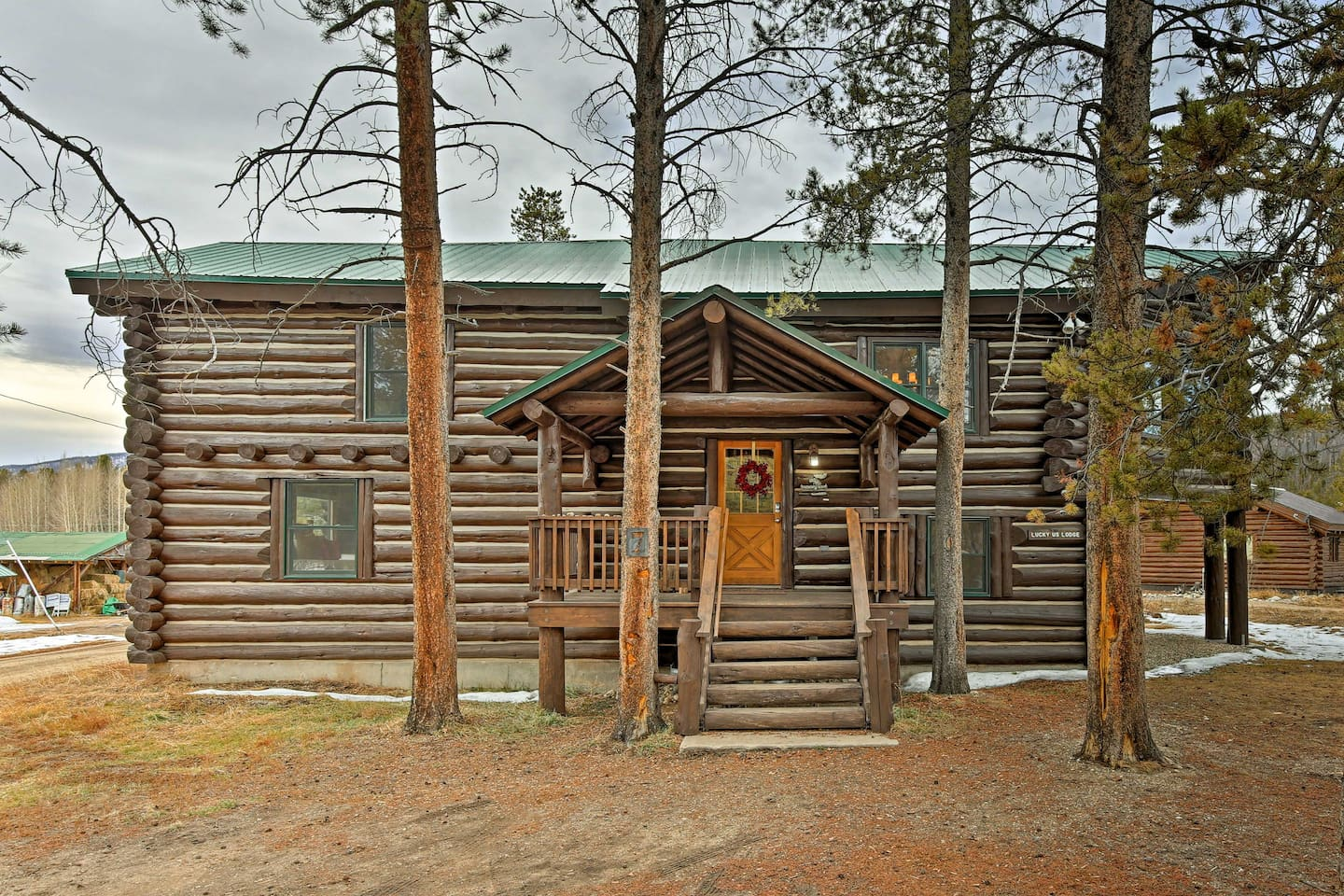 Don't hesitate to book 'Lucky Us Lodge' - a vacation rental in Grand Lake.